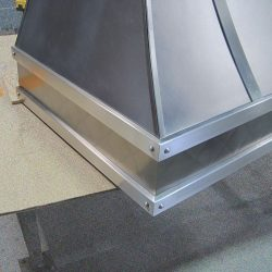 Silver Star Metal Fabricating Inc. - Exhaust Hood Corner Zoom