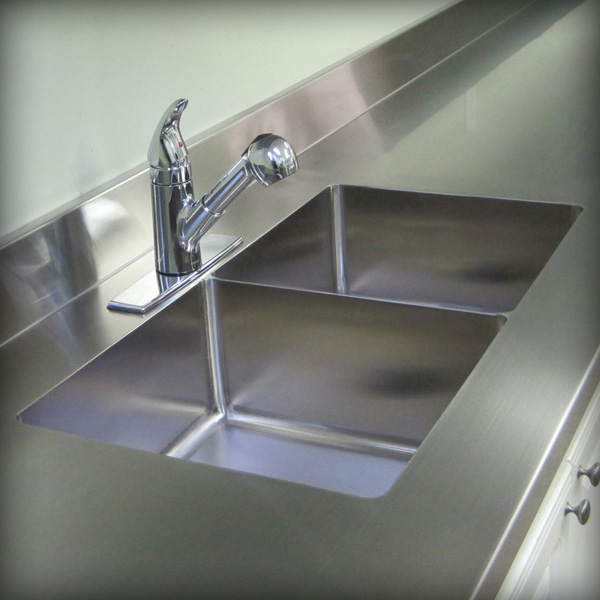 SilverStar Metal Fabricating Inc. - Sinks