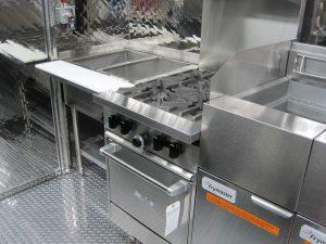 Silver Star Metal Fabricating Inc. – Food Trucks – Our Customers – 50 Pesos (Sabores Latinos)