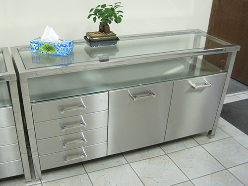 Silver Star Metal Fabricating Inc. - Stainless Steel Residential Cabinet With Glass & Mirror Trim